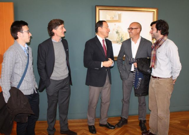 Cámara brinda el apoyo del Ayuntamiento para colaborar con las iniciativas de la Asociación Jóvenes Murcianos con los Derechos Humanos - 1, Foto 1
