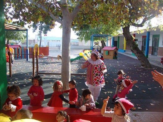 La Escuela Infantil Reina Sofía de Alguazas recibe la visita inesperada de Papá Noel - 1, Foto 1
