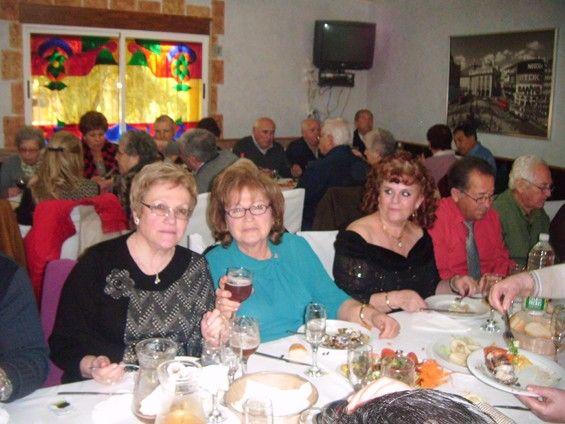 Las personas mayores de Alguazas dan la bienvenida a la Navidad con excursión y almuerzo de convivencia - 3, Foto 3