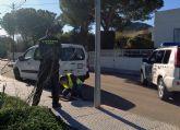 La Guardia Civil detiene a dos personas que habían dejado sin alumbrado 11 calles de El Carmolí en su intento por sustraer el cableado público