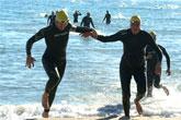 Dos totaneros participaron en la XX Travesía de Navidad a nado en Alicante