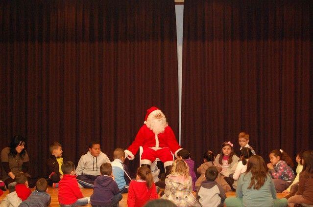 Papá Noel protagoniza el cuentacuentos navideño de Alguazas - 1, Foto 1