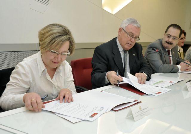 La Universidad de Murcia desarrollará proyectos de cuidado de la salud visual - 2, Foto 2