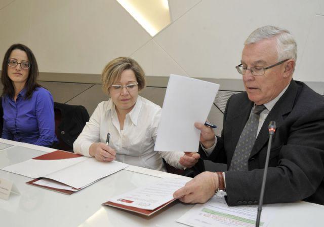 La Universidad de Murcia desarrollará proyectos de cuidado de la salud visual - 3, Foto 3