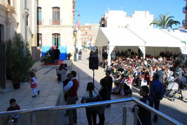 La Navidad trae mucho espectáculo y gran entretenimiento a Mazarrón, Foto 1