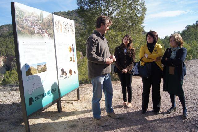 La eurodiputada murciana Cristina Guti�rrez-Cortines visita el yacimiento arg�rico de La Bastida, Foto 1