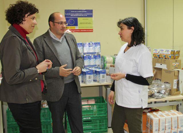 Los Servicios Sociales destinaron 7.308 kilos de alimentos a las familias más desfavorecidas de Puerto Lumbreras durante 2012 - 1, Foto 1