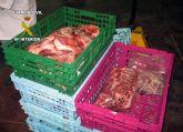 La Guardia Civil y el Servicio de Seguridad Alimentaria desmantelan un local clandestino de despiece de carne