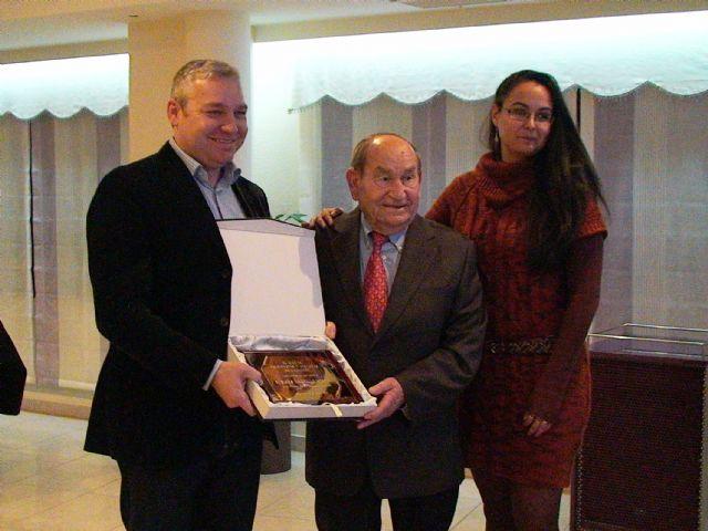 El Club de Jubilados y Pensionistas agradece al ayuntamiento de Mazarrón su apoyo, Foto 2