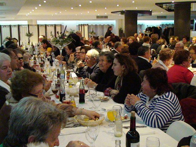 El Club de Jubilados y Pensionistas agradece al ayuntamiento de Mazarrón su apoyo, Foto 4