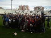 El F.C. Cartagena entrena con alumnos del Concepción Arenal en el Cartagonova