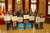 400 trabajos concurren al II concurso escolar del 'Día Internacional de la Paz'