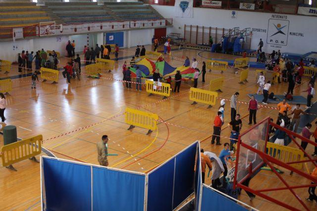 Los alumnos de Aidemar disfrutaron de una mañana lúdico-deportiva en el Polideportivo - 1, Foto 1