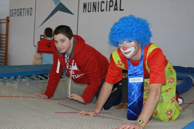 Los alumnos de Aidemar disfrutaron de una mañana lúdico-deportiva en el Polideportivo - 2, Foto 2
