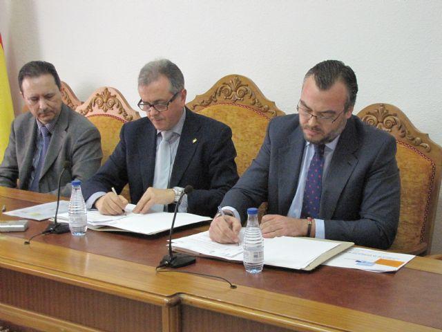Enel Sole y Endesa se adjudican el contrato de iluminación pública de Abarán - 1, Foto 1