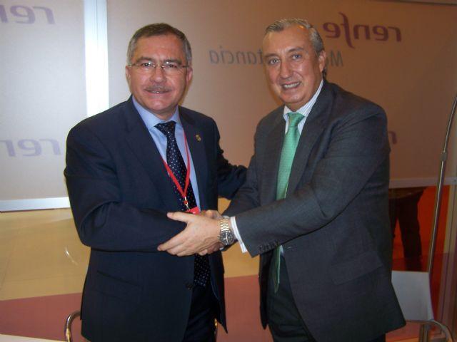 El alcalde de Águilas y el presidente de Renfe firman un convenio de colaboración en FITUR - 1, Foto 1