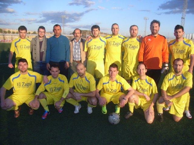 El equipo Uclident recupera el liderato en Primera División de la Liga de Fútbol Aficionado Juega Limpio - 1, Foto 1