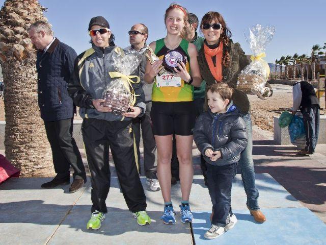 Más de 300 atletas desafían al viento durante la II Media Maratón Bahía de Mazarrón - 2, Foto 2
