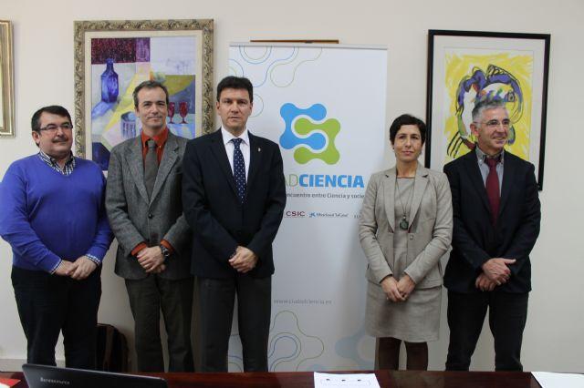 Alhama se convierte en Ciudad Ciencia y pone a disposición de sus vecinos los recursos de divulgación científica del CSIC, Foto 1