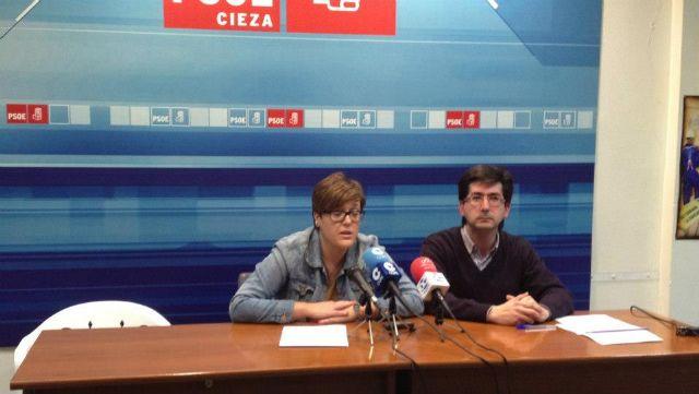 La Secretaria de Organización del PSRM, Presentación López, se reúne con socialistas ciezanos para desarrollar el plan Hacer PSOE 2015 - 1, Foto 1
