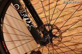 Autoridades municipales asistieron recientemente a la presentación de un equipo ciclista lorquino, que está patrocinado por una empresa totanera