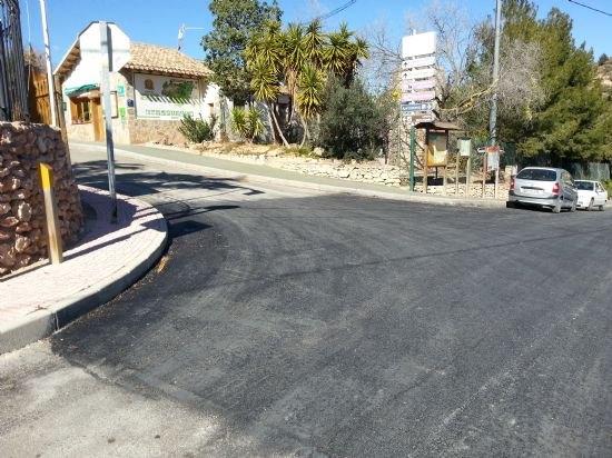 El Ayuntamiento pavimenta las calles que dan entrada a El Berro, Foto 2