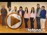 Seis estudiantes de la Universidad de Murcia firman un convenio de colaboración