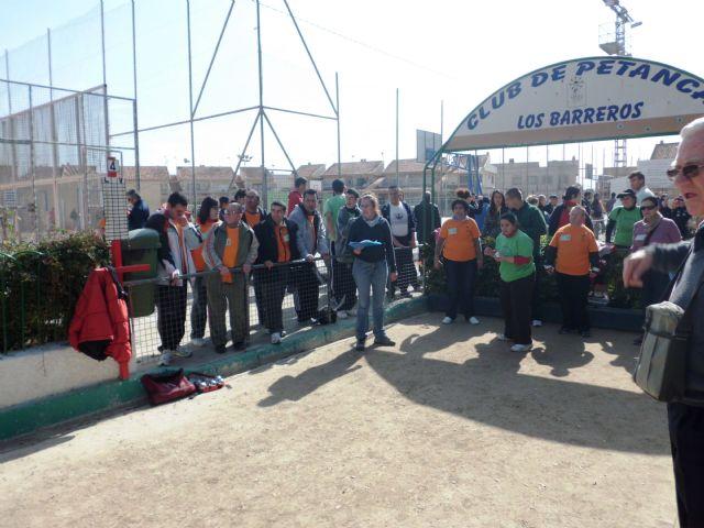 Los usuarios del Centro de Día de Personas con Discapacidad Intelectual arrasan en el campeonato regional de petanca - 1, Foto 1