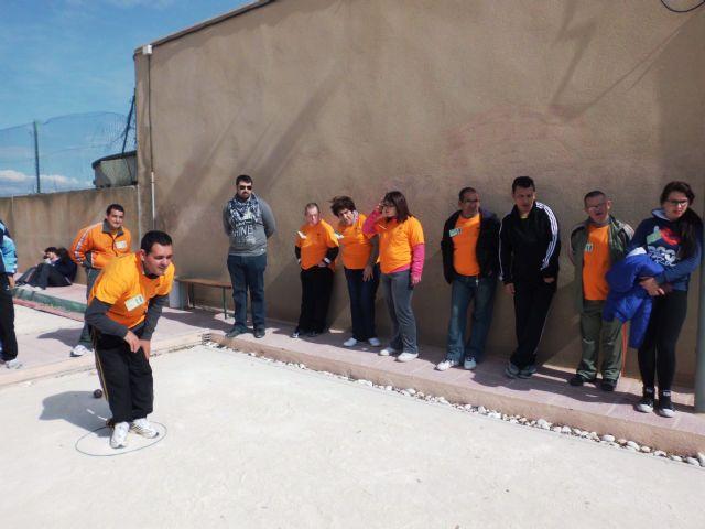 Los usuarios del Centro de Día de Personas con Discapacidad Intelectual arrasan en el campeonato regional de petanca - 2, Foto 2