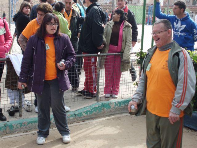 Los usuarios del Centro de Día de Personas con Discapacidad Intelectual arrasan en el campeonato regional de petanca - 3, Foto 3