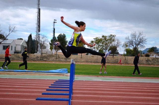 El club atletismo Mazarrón consigue 10 nuevas medallas en el campeonato regional de pista cubierta, Foto 1