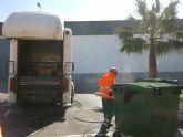 El Ayuntamiento de Alguazas optimiza el servicio municipal de lavado de contenedores