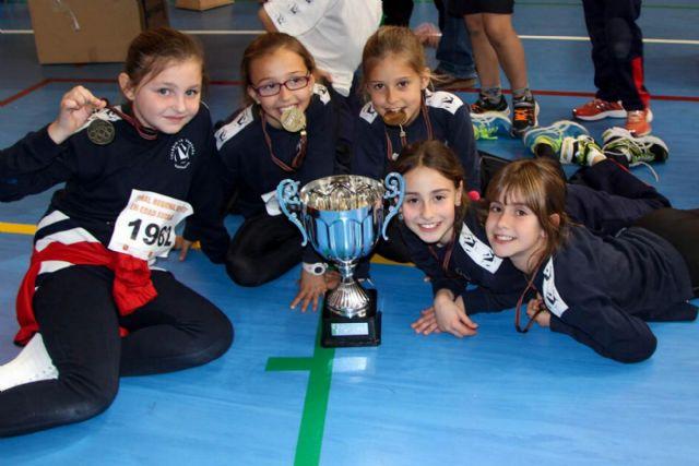 El colegio La Vaguada, campeón regional de Atletismo en categoría benjamín femenino - 1, Foto 1