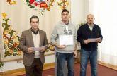 Los alumnos del curso de Alemán Básico reciben sus diplomas