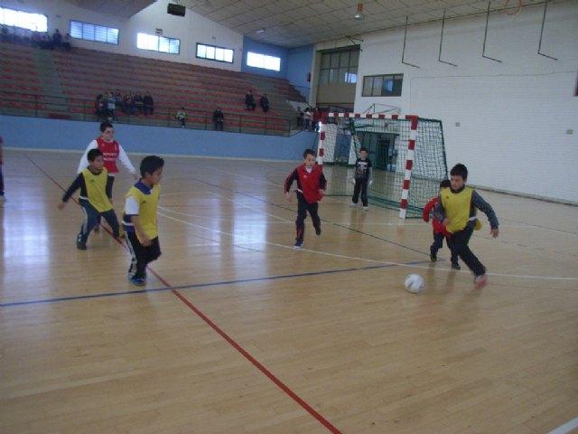 La concejalía de Deportes organizó la segunda jornada de la fase local de multideporte benjamín de Deporte Escolar - 4, Foto 4