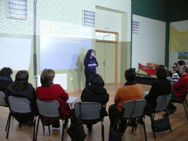 Comienza el taller gratuito de Coeducación para padres y madres de la localidad - 1, Foto 1