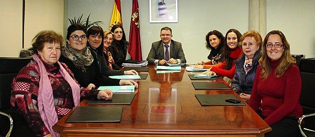 La Consejería de Sanidad y Política Social otorga los ´Premios 8 de marzo de la Región de Murcia´ - 1, Foto 1