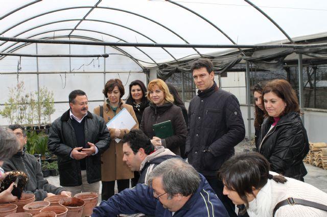 Representantes de la Comisión Especial de Discapacidad de la Asamblea Regional visitan los centros de día del municipio, Foto 5