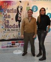 La II Feria de la Moda de muestra las últimas tendencias en la explanada de Lo Pagán