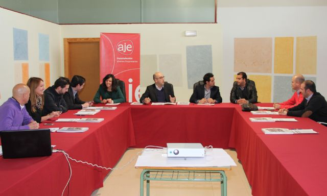 La Junta Directiva de AJE Guadalentín se reunió en Puerto Lumbreras - 1, Foto 1