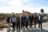 El Consejero de Agricultura y Agua y los Alcaldes de Alguazas y Ceutí visitan las obras de construcción