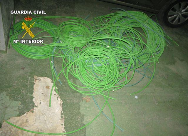 La Guardia Civil detiene a cuatro personas  por robos de cableado eléctrico, Foto 2