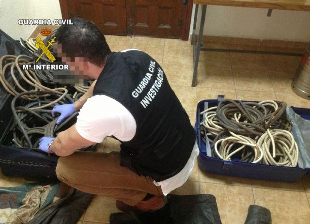La Guardia Civil detiene a cuatro personas  por robos de cableado eléctrico, Foto 3