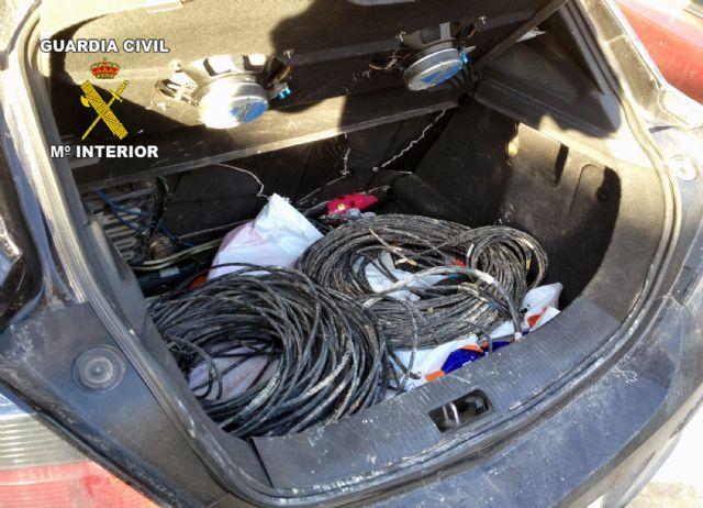 La Guardia Civil detiene a cuatro personas  por robos de cableado eléctrico, Foto 4