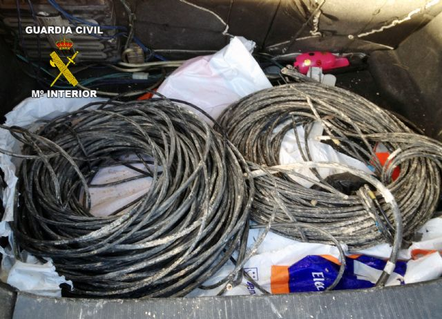La Guardia Civil detiene a cuatro personas  por robos de cableado eléctrico, Foto 5