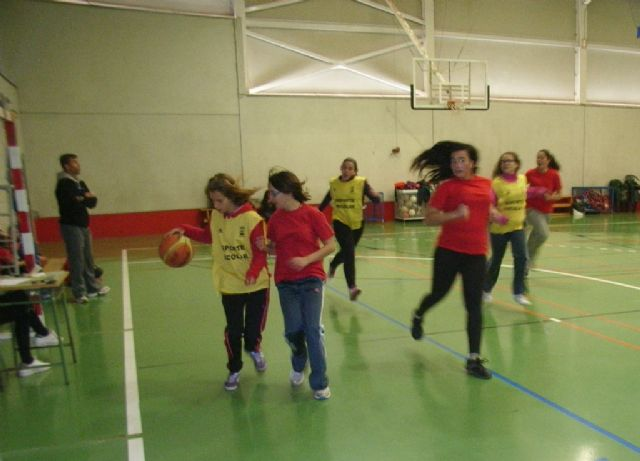 Semifinales de la fase intermunicipal de Deporte Escolar de baloncesto y futbol sala - 1, Foto 1