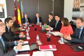 El alcalde, Juan Martínez  trasladó distintas demandas locales  al   Consejo de Gobierno regional que hoy se reunió en el Ayuntamiento de San Javier
