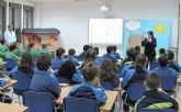Los escolares conocen las particularidades de la Semana Santa y la romería de la Virgen del Carmen