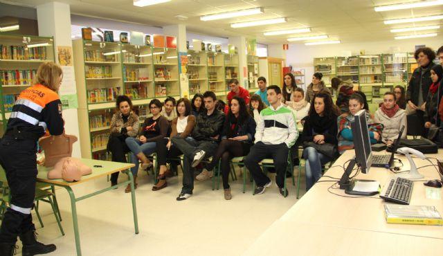 El Ayuntamiento pone en marcha jornadas educativas de primeros auxilios destinadas a los alumnos del Instituto Rambla de Nogalte - 1, Foto 1