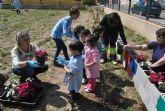 La concejalía de Medio Ambiente celebra con los niños del Severo Ochoa el Día Forestal Mundial